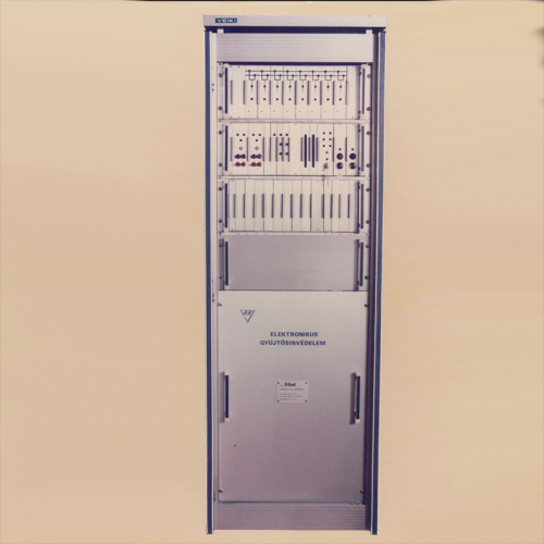 EGyd - Electronic busbar differential protection (1976)